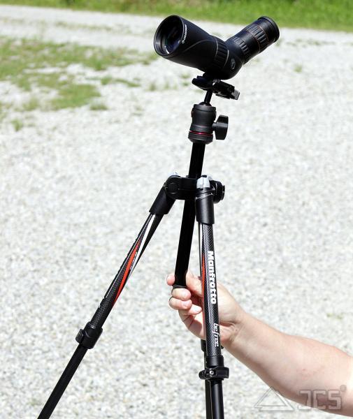 Spektiv-Set Celestron Hummingbird ED 56 Zoom mit Reisestativ Manfrotto Befree Carbon