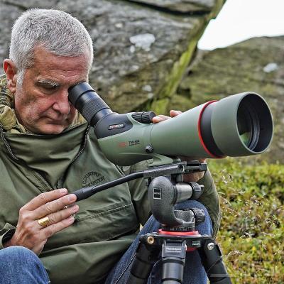 KOWA 99mm Prominar Spektiv TSN-99A Fluorit Schräg SET mit Zoom-Okular 30-70x