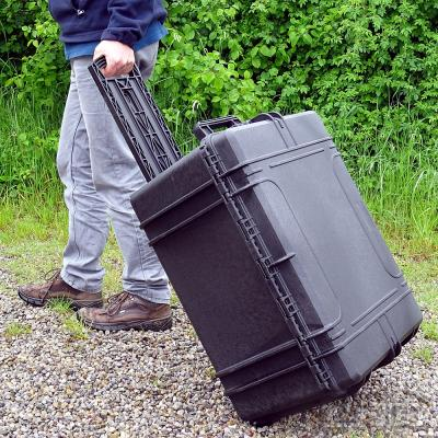 Trolley-Outdoor-Koffer 62, schwarz, Würfelschaum, Innen 62 x 46 x 34 cm