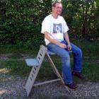 Bernhard Wälder auf dem Astro-Stuhl von Intercon Spacetec